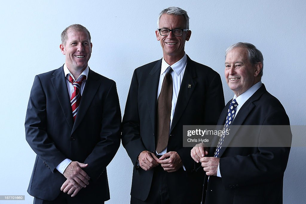 <a gi-track='captionPersonalityLinkClicked' href=/galleries/search?phrase=David+Gallop&family=editorial&specificpeople=579322 ng-click='$event.stopPropagation()'>David Gallop</a> (C) talks with <a gi-track='captionPersonalityLinkClicked' href=/galleries/search?phrase=Scott+Chipperfield&family=editorial&specificpeople=241434 ng-click='$event.stopPropagation()'>Scott Chipperfield</a> (L) and Alan Vessey (R) during the 2012 Football Federation Australia Hall of Fame induction ceremony at Gambaro Restaurant and Function Centre on December 6, 2012 in Brisbane, Australia.