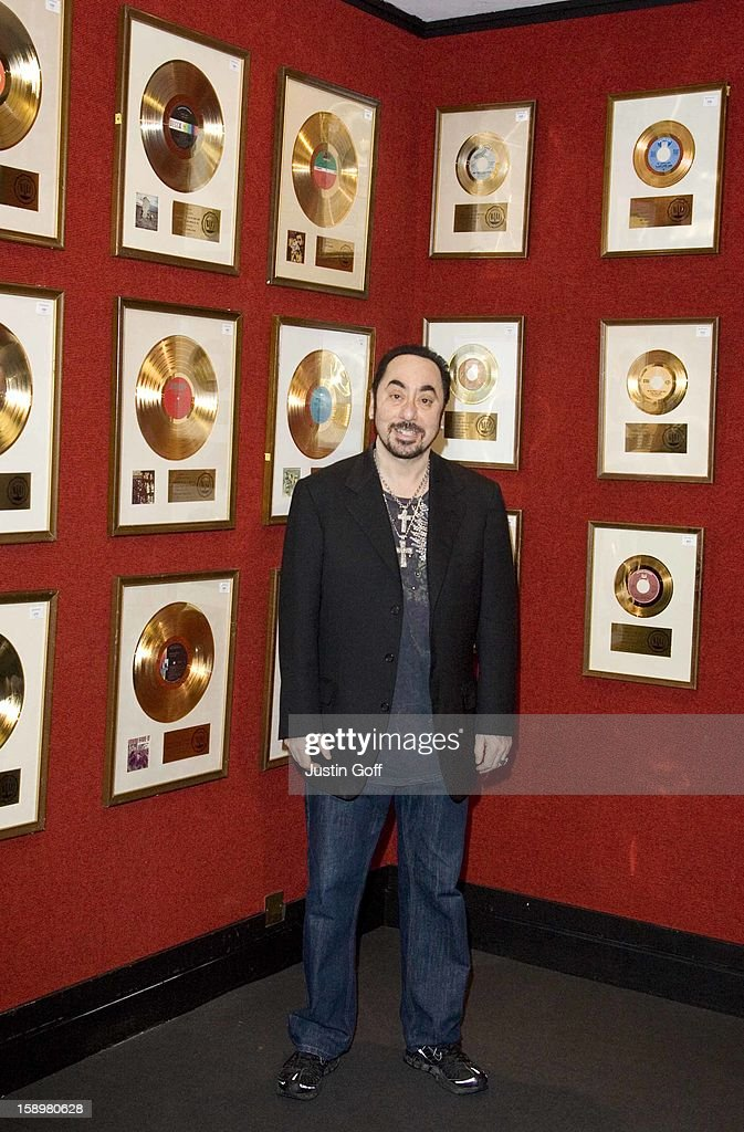 David Gest Poses With His Entertainment Collection Prior To It'S Auction At Bonhams In Knightsbridge In London.The Collection Includes The Beatles: Yellow Submarine (3000-5000 Pounds), Help! (4000-6000 Pounds) And Penny Lane (3000-5000 Pounds). The Rolling Stones: (I Can'T Get No) Satisfaction Presented To The Late Brian Jones (10000-15000 Pounds). The Doors: Light My Fire (8000-10000 Pounds) And Hello, I Love You (6,000-8,000 Pounds) Both Jim Morrison'S Personal Copies.