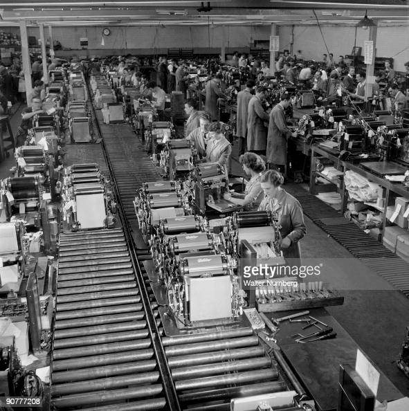 gestetner duplicator machine assembly line tottenham 1957 pictures getty images. Black Bedroom Furniture Sets. Home Design Ideas