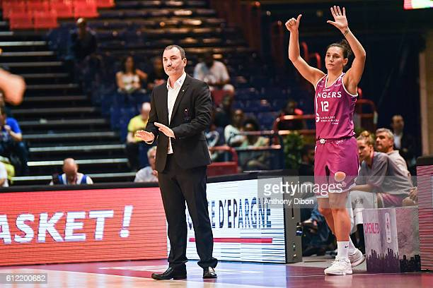 David Girandiere coach of Angers and Amelie Pochet of Angers during the Open LFB match between Nice and Angers on October 1 2016 in Paris France