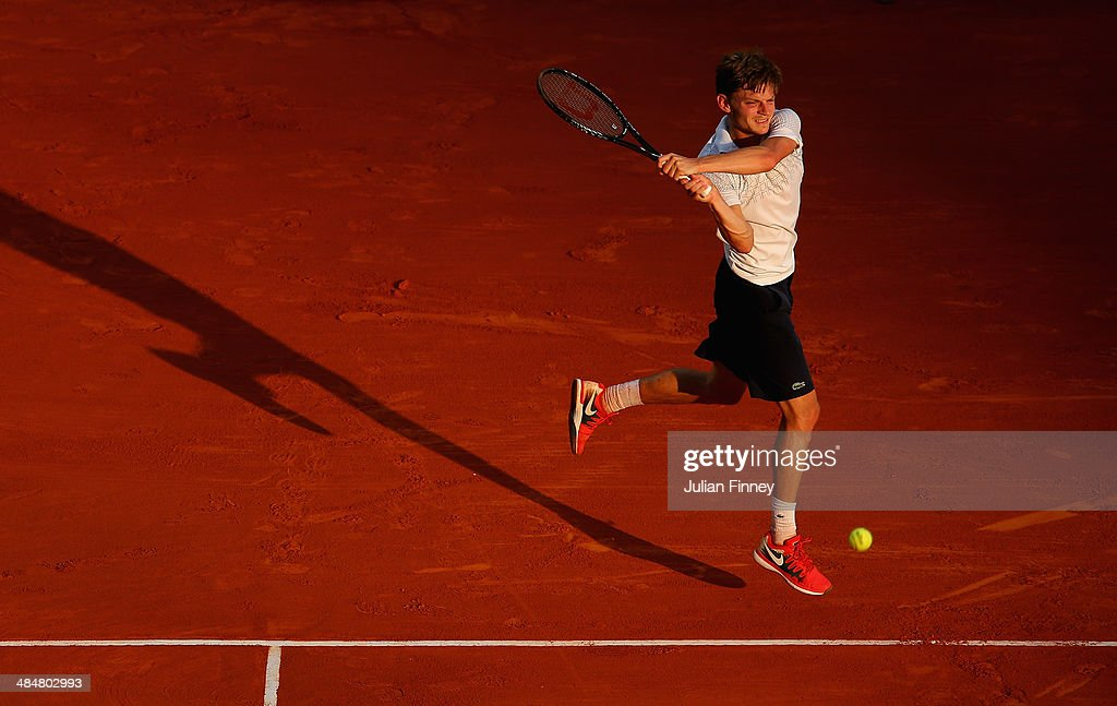 <a gi-track='captionPersonalityLinkClicked' href=/galleries/search?phrase=David+Goffin&family=editorial&specificpeople=2291768 ng-click='$event.stopPropagation()'>David Goffin</a> of Belgium in action against Tommy Robredo of Spain during day two of the ATP Monte Carlo Rolex Masters Tennis at Monte-Carlo Sporting Club on April 14, 2014 in Monte-Carlo, Monaco.