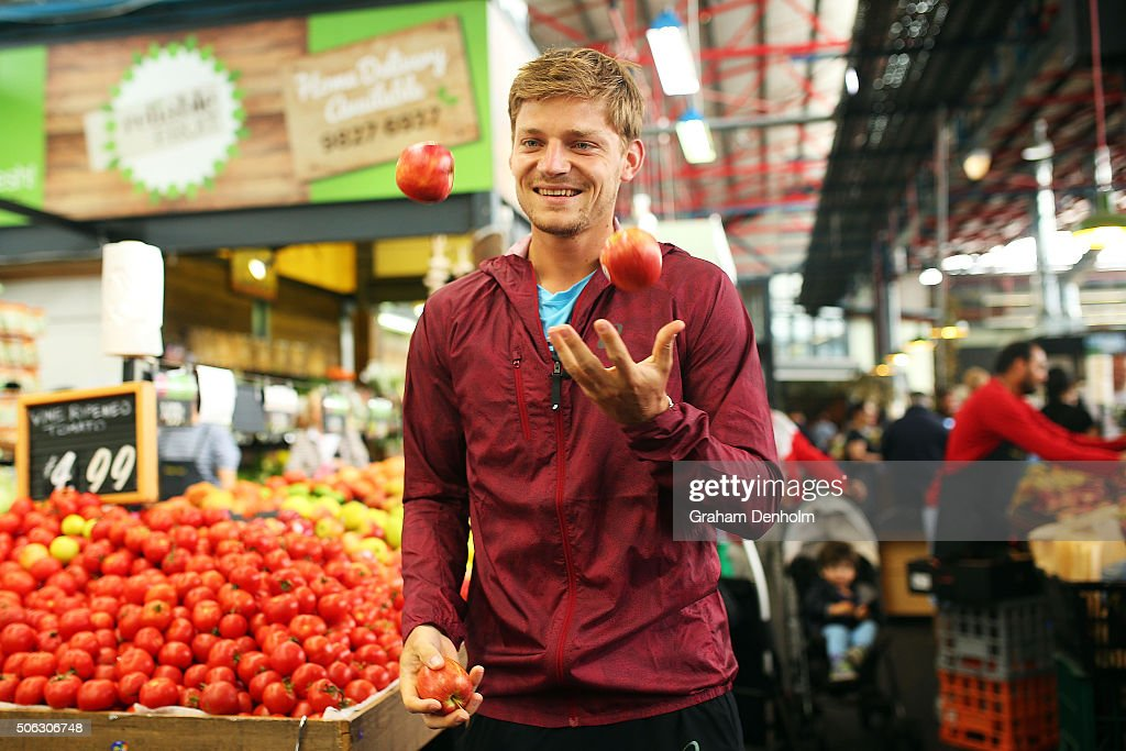 <a gi-track='captionPersonalityLinkClicked' href=/galleries/search?phrase=David+Goffin&family=editorial&specificpeople=2291768 ng-click='$event.stopPropagation()'>David Goffin</a> of Belgium juggles apples during a visit to Prahran Market during day six of the 2016 Australian Open at Melbourne Park on January 23, 2016 in Melbourne, Australia.