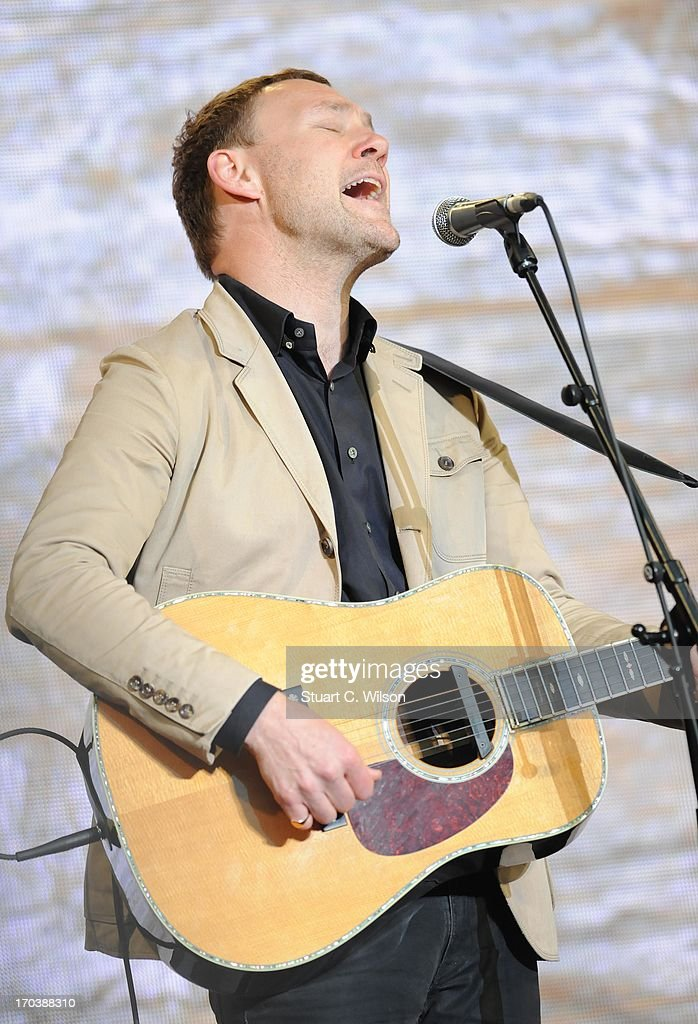 <a gi-track='captionPersonalityLinkClicked' href=/galleries/search?phrase=David+Gray&family=editorial&specificpeople=224673 ng-click='$event.stopPropagation()'>David Gray</a> performs at agit8 at Tate Modern, ONE's campaign ahead of the G8 on June 12, 2013 in London, England.