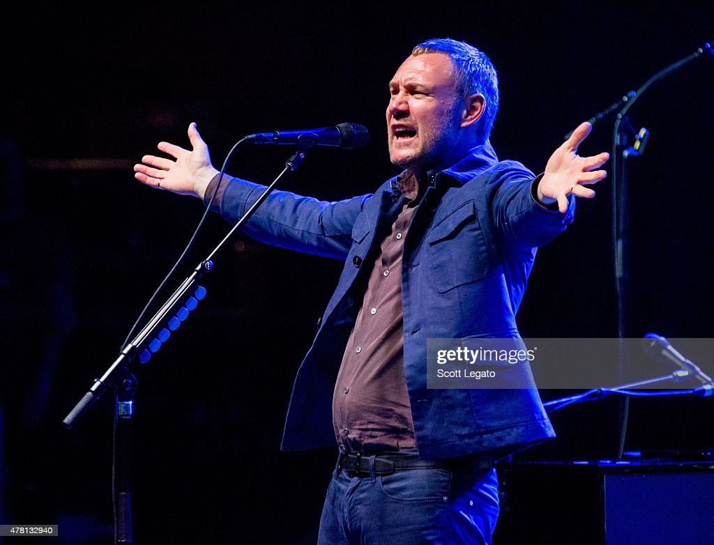 <a gi-track='captionPersonalityLinkClicked' href=/galleries/search?phrase=David+Gray&family=editorial&specificpeople=224673 ng-click='$event.stopPropagation()'>David Gray</a> performs at Meadow Brook Music Theater on June 22, 2015 in Rochester, Michigan.