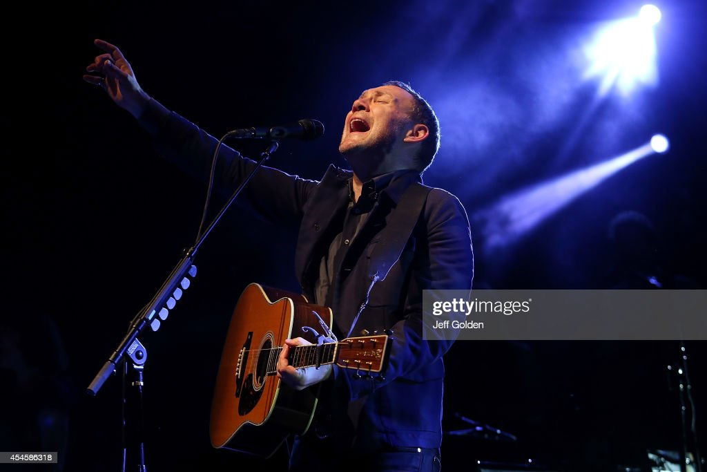 <a gi-track='captionPersonalityLinkClicked' href=/galleries/search?phrase=David+Gray&family=editorial&specificpeople=224673 ng-click='$event.stopPropagation()'>David Gray</a> performs at The Greek Theatre on September 3, 2014 in Los Angeles, California.