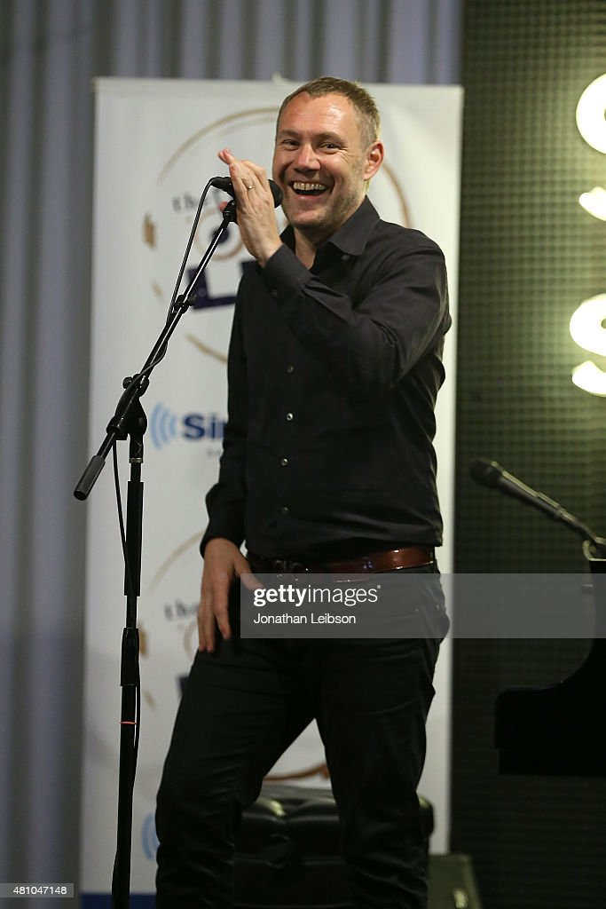 <a gi-track='captionPersonalityLinkClicked' href=/galleries/search?phrase=David+Gray&family=editorial&specificpeople=224673 ng-click='$event.stopPropagation()'>David Gray</a> performs at the Private Concert For SiriusXM at Sonos Studio on July 16, 2015 in Los Angeles, California.