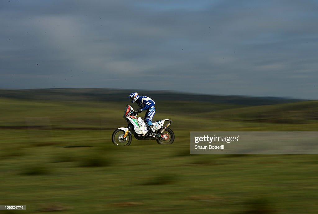David Gregory Reeve of Dakar Team JOP competes in stage 9 from Tucuman to Cordoba during the 2013 Dakar Rally on January 14 in Tucuman, Argentina.