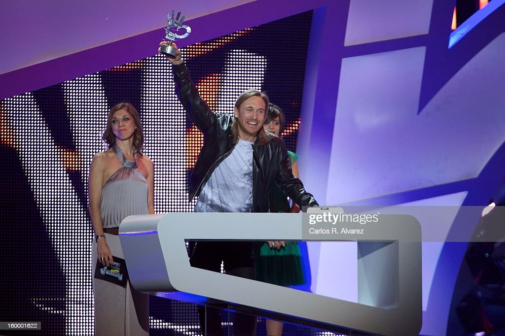 <a gi-track='captionPersonalityLinkClicked' href=/galleries/search?phrase=David+Guetta&family=editorial&specificpeople=2825542 ng-click='$event.stopPropagation()'>David Guetta</a> receives the '40 Principales' award during '40 Principales Awards' 2012 at Palacio de los Deportes on January 24, 2013 in Madrid, Spain.