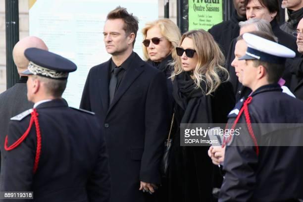 David Hallyday Sylvie Vartan and Laura Smet during Johnny Hallydays funerals at Eglise de la Madeleine