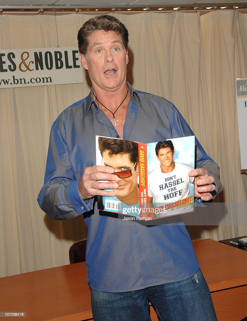 """David Hasselhoff In-Store Appearance For His New Book """"Don't Hassel The Hoff"""" -"""