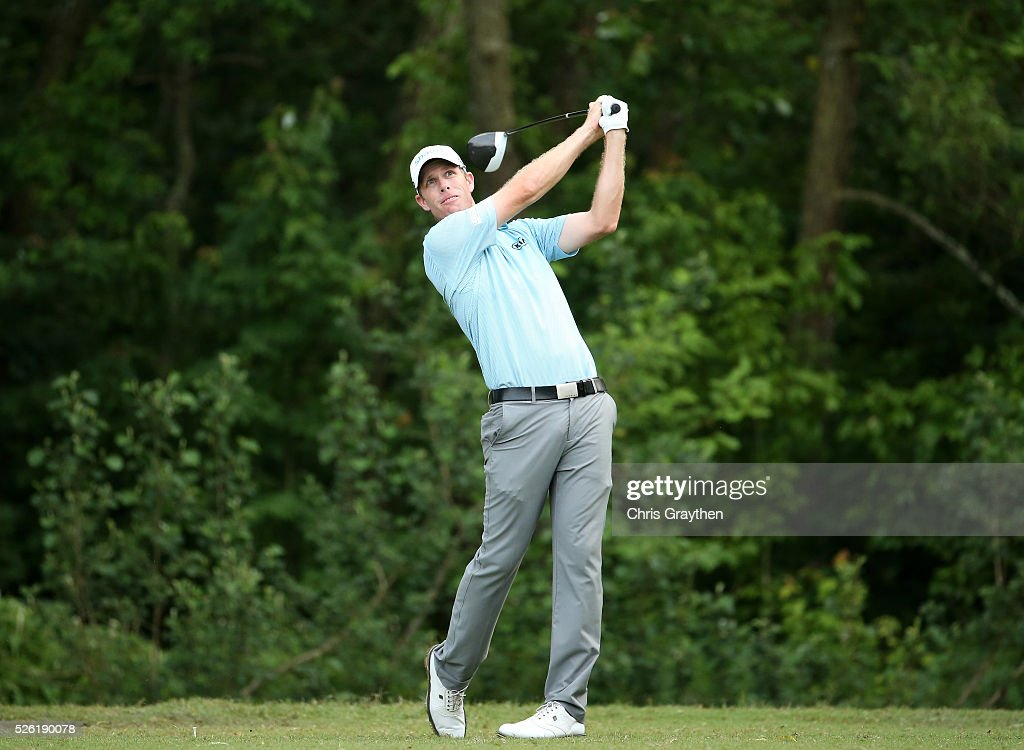 <a gi-track='captionPersonalityLinkClicked' href=/galleries/search?phrase=David+Hearn+-+Golfer&family=editorial&specificpeople=10992491 ng-click='$event.stopPropagation()'>David Hearn</a> of Canada tees off on the ffith hole during the second round of the Zurich Classic of New Orleans at TPC Louisiana on April 29, 2016 in Avondale, Louisiana.