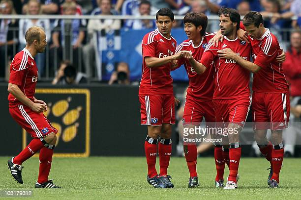 David Jarolim Gojko Kacar HeungMin San Ruud van Nistelrooy and Tomas Rincon of Hamburg celebrate the first goal during the LIGA total Cup 2010 match...