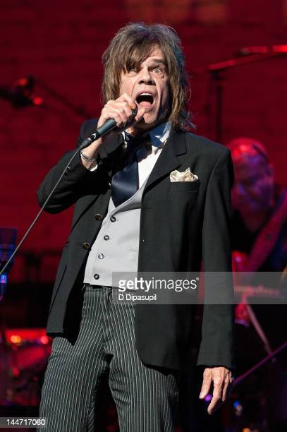 David Johansen performs on stage at the Jazz Foundation of America celebrates A Great Night In Harlem at The Apollo Theater on May 17 2012 in New...
