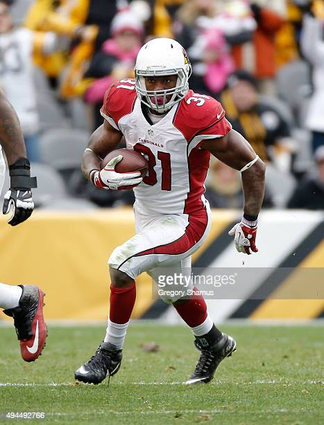 David Johnson of the Arizona Cardinals carries the ball against the Pittsburgh Steelers at Heinz Field on October 18 2015 in Pittsburgh Pennsylvania