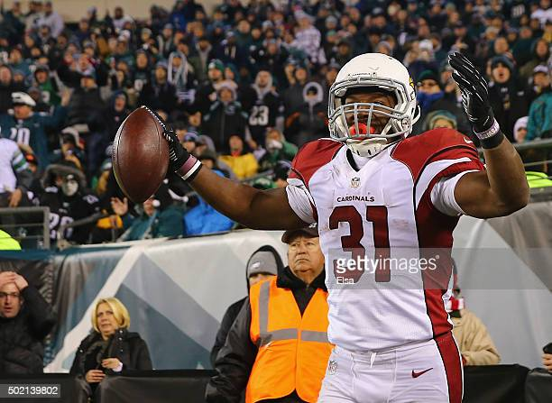 David Johnson of the Arizona Cardinals celebrates a touchdown in the second quarter against the Philadelphia Eagles at Lincoln Financial Field on...
