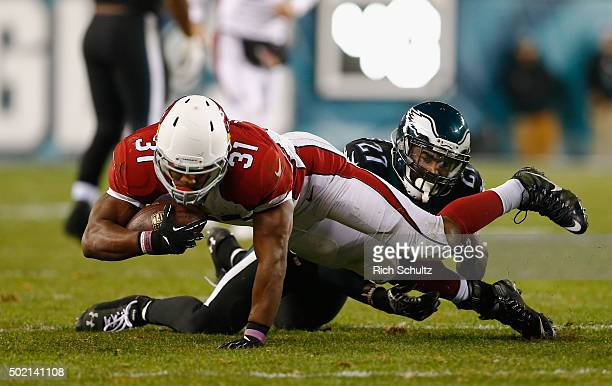 David Johnson of the Arizona Cardinals makes a firstdown catch in the third quarter against Malcolm Jenkins of the Philadelphia Eagles at Lincoln...