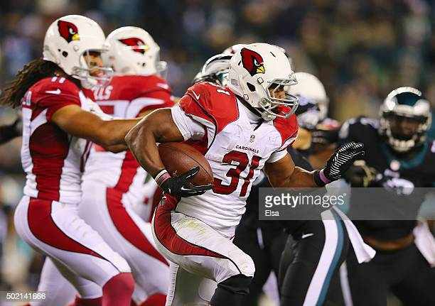 David Johnson of the Arizona Cardinals runs the ball against the Philadelphia Eagles in the fourth quarter at Lincoln Financial Field on December 20...