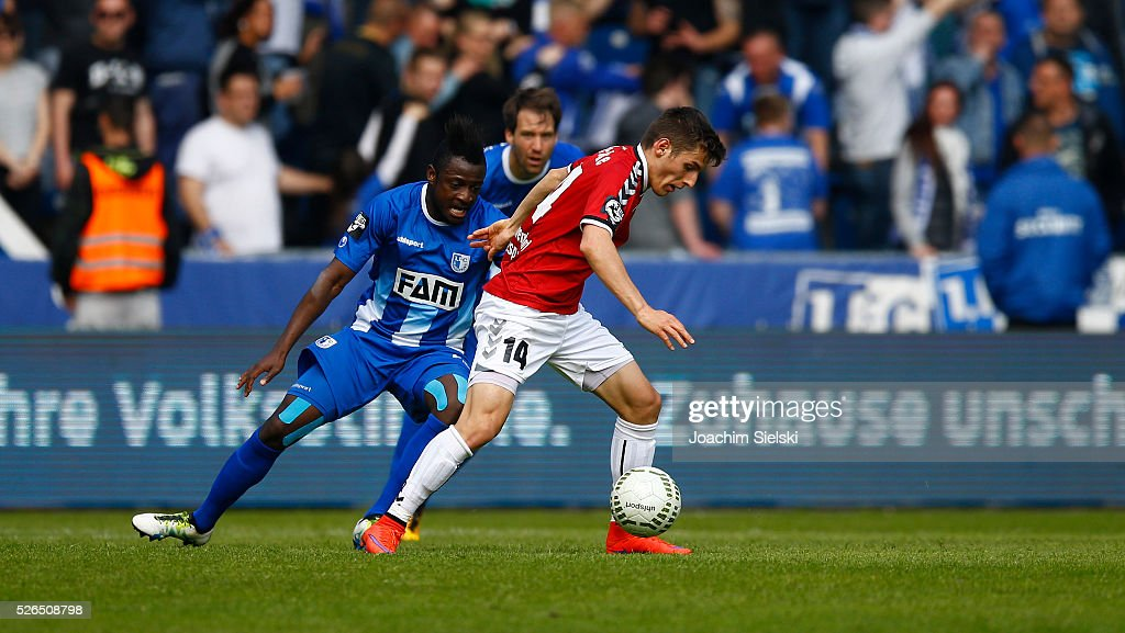 David Kinsombi of Magdeburg challenges Bashkim Renneke of Sonnenhof-Grossaspach during the Third League match between 1. FC Magdeburg and SG Sonnenhof-Grosssaspach at MDCC-Arena on April 30, 2016 in Magdeburg, Germany.