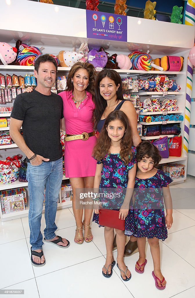 David Lascher, event host <a gi-track='captionPersonalityLinkClicked' href=/galleries/search?phrase=Dylan+Lauren&family=editorial&specificpeople=243055 ng-click='$event.stopPropagation()'>Dylan Lauren</a> and Dana Klein and her daughters attend Feuerstein attend Dylan's Candy Bar Candy Girl Collection LA Launch Event at Dylan's Candy Bar on May 17, 2014 in Los Angeles, California.