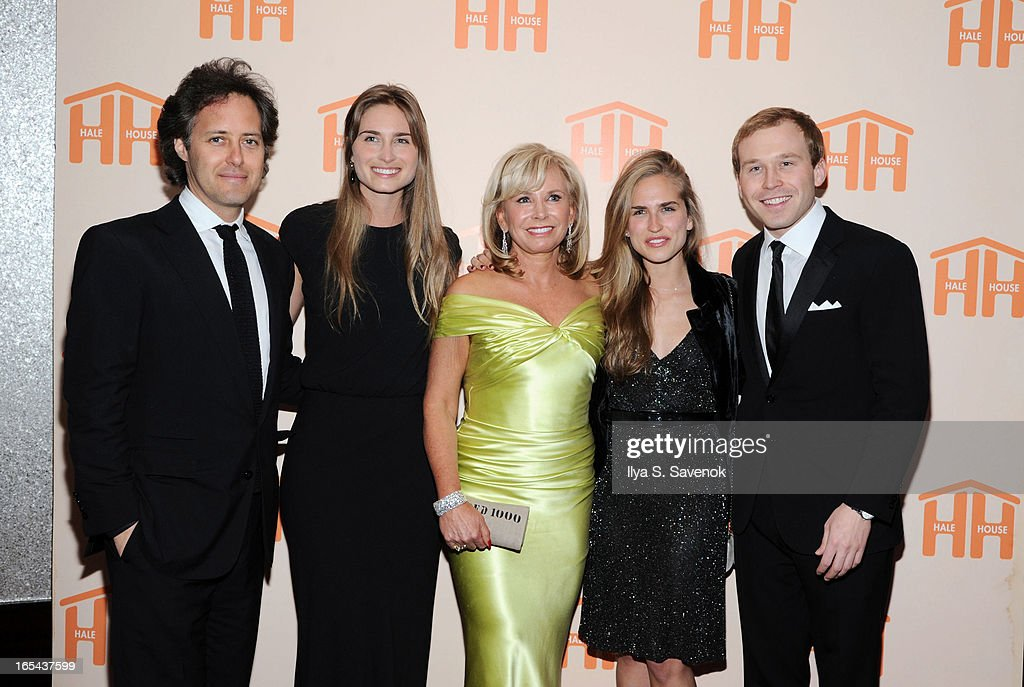 <a gi-track='captionPersonalityLinkClicked' href=/galleries/search?phrase=David+Lauren&family=editorial&specificpeople=234832 ng-click='$event.stopPropagation()'>David Lauren</a>, Lauren Bush Lauren, <a gi-track='captionPersonalityLinkClicked' href=/galleries/search?phrase=Sharon+Bush&family=editorial&specificpeople=217522 ng-click='$event.stopPropagation()'>Sharon Bush</a>, <a gi-track='captionPersonalityLinkClicked' href=/galleries/search?phrase=Ashley+Bush&family=editorial&specificpeople=744062 ng-click='$event.stopPropagation()'>Ashley Bush</a> and Pierce Bush attend The 2013 Hale House Spring Gala at Mandarin Oriental Hotel on April 3, 2013 in New York City.