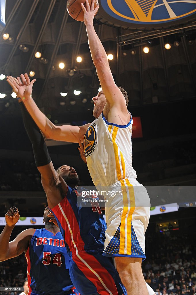 David Lee #10 of the Golden State Warriors puts up a shot against the Detroit Pistons on March 13, 2013 at Oracle Arena in Oakland, California.