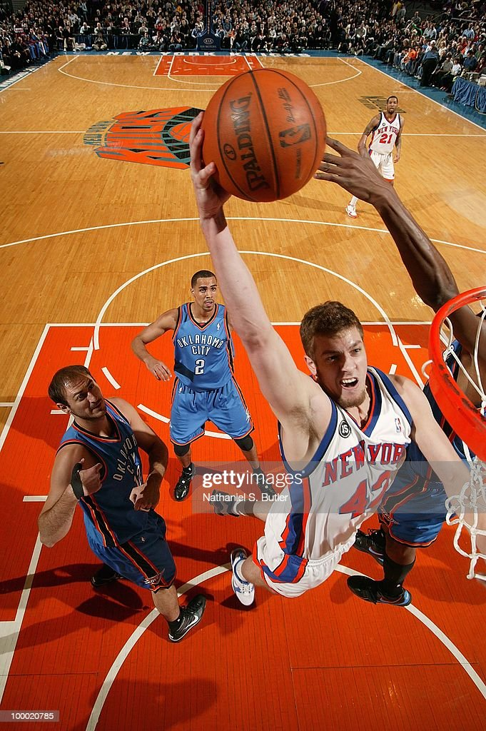David Lee #42 of the New York Knicks goes for the dunk against the Oklahoma City Thunder during the game on February 20, 2010 at Madison Square Garden in New York City. The Thunder won 121-118 in overtime.