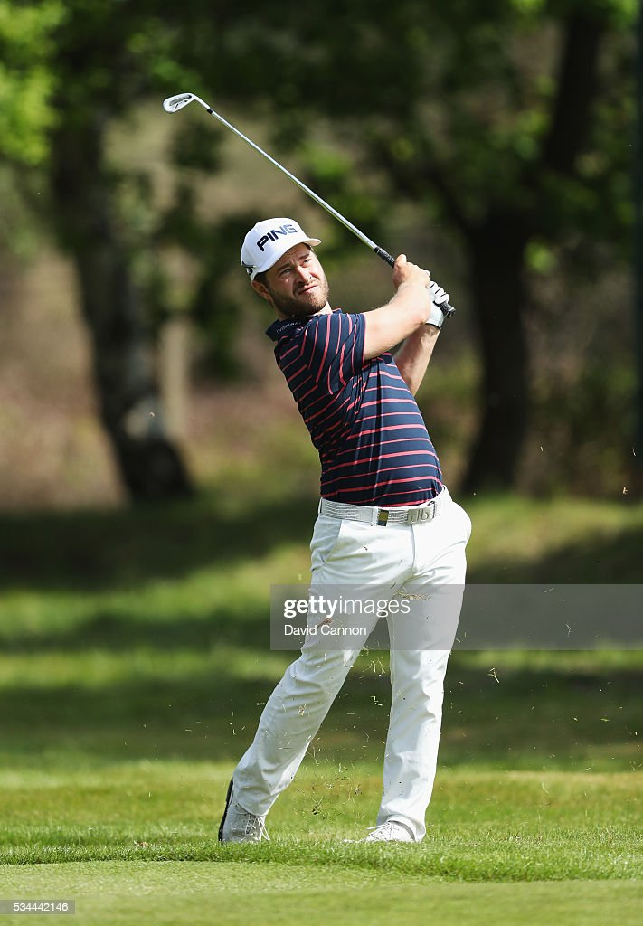 <a gi-track='captionPersonalityLinkClicked' href=/galleries/search?phrase=David+Lingmerth&family=editorial&specificpeople=7437307 ng-click='$event.stopPropagation()'>David Lingmerth</a> of Sweden hits his 2nd shot on the 9th hole during day one of the BMW PGA Championship at Wentworth on May 26, 2016 in Virginia Water, England.