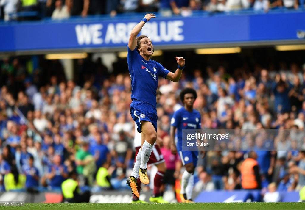 David Luiz of Chelsea celebrates scoring his sides second goal during the Premier League match between Chelsea and Burnley at Stamford Bridge on August 12, 2017 in London, England.