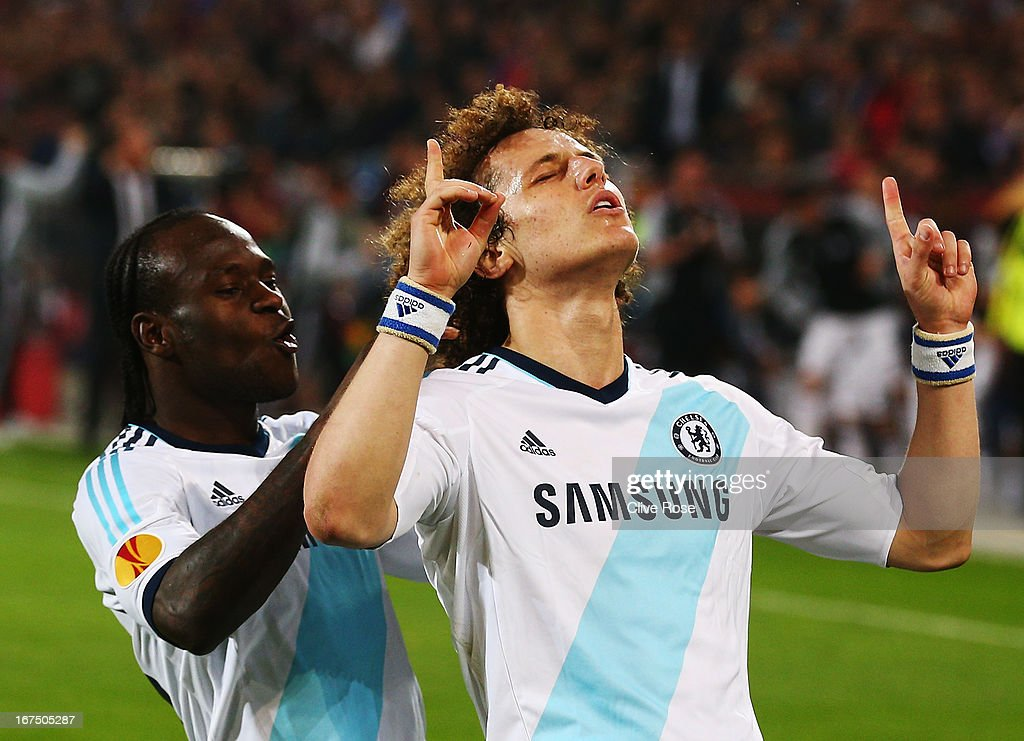 <a gi-track='captionPersonalityLinkClicked' href=/galleries/search?phrase=David+Luiz&family=editorial&specificpeople=4133397 ng-click='$event.stopPropagation()'>David Luiz</a> (R) of Chelsea celebrates scoring his sides second goal with team mate <a gi-track='captionPersonalityLinkClicked' href=/galleries/search?phrase=Victor+Moses&family=editorial&specificpeople=2649383 ng-click='$event.stopPropagation()'>Victor Moses</a> (L) during the UEFA Europa League Semi Final First Leg match between FC Basel 1893 and Chelsea at St. Jakob Stadium on April 25, 2013 in Basel, Switzerland.