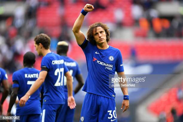 David Luiz of Chelsea celebrates victory after the Premier League match between Tottenham Hotspur and Chelsea at Wembley Stadium on August 20 2017 in...