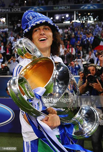 David Luiz of Chelsea celebrates with the trophy after their victory in the UEFA Champions League Final between FC Bayern Muenchen and Chelsea at the...