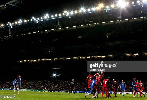 David Luiz of Chelsea takes a free kick during the UEFA Champions League group E match between Chelsea and FC Nordsjaelland at Stamford Bridge on...