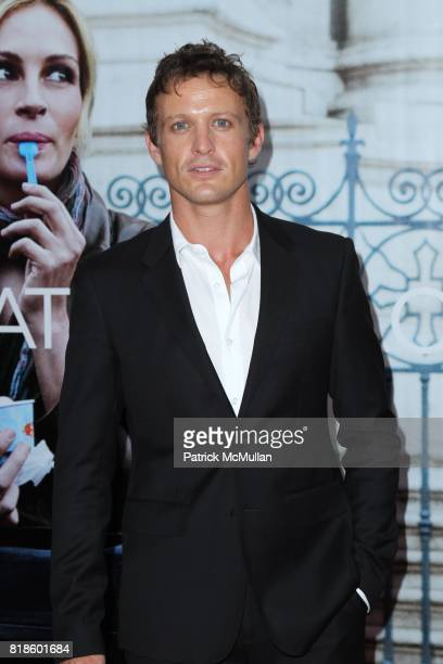 David Lyons attends COLUMBIA PICTURES Presents the World Premiere of EAT PRAY LOVE at Ziegfeld Theatre on August 10 2010 in New York City