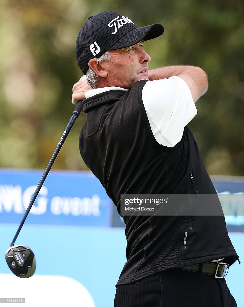 David McKenzie of Australia hits a tee shot to the 9th fairway during day two of the Australian Masters at The Metropolitan Golf Course on November...