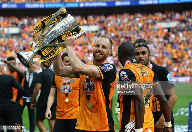 David Meyler of Hull City celebrates with the trophy after the Sky Bet Championship Play Off Final match between Hull City and Sheffield Wednesday at...