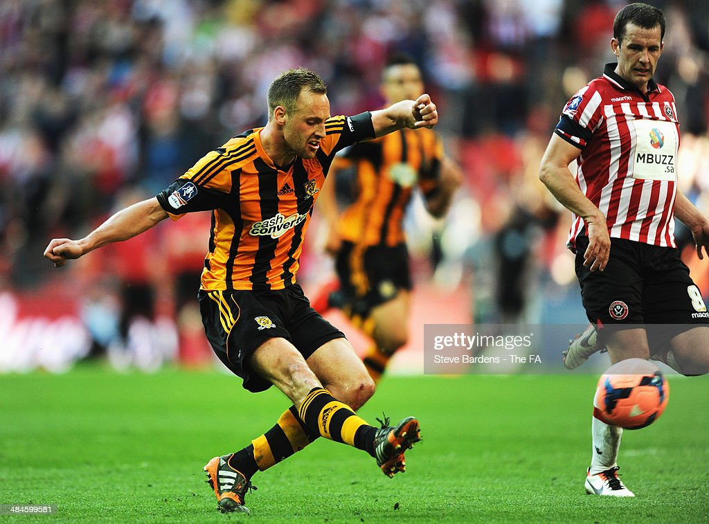 <a gi-track='captionPersonalityLinkClicked' href=/galleries/search?phrase=David+Meyler&family=editorial&specificpeople=5472116 ng-click='$event.stopPropagation()'>David Meyler</a> of Hull City scores their fifth goal during the FA Cup Semi-Final match between Hull City and Sheffield United at Wembley Stadium on April 13, 2014 in London, England.