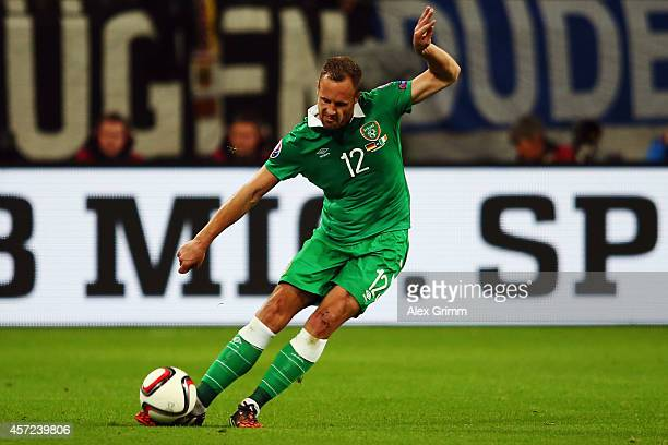 David Meyler of Ireland controles the ball during the EURO 2016 Qualifier between Germany and Republic of Ireland at the VeltinsArena on October 14...