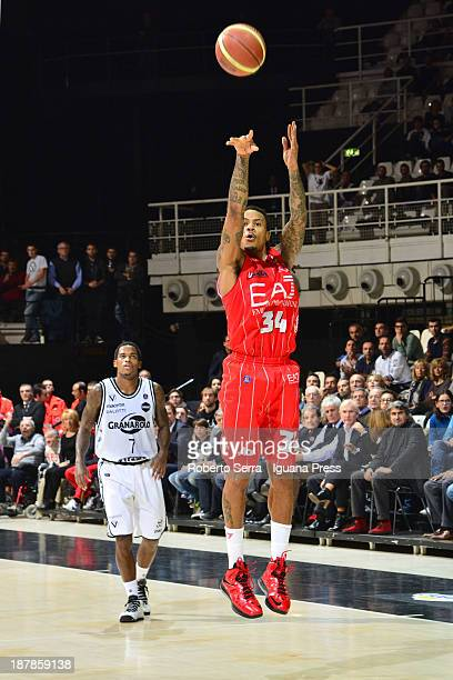 David Moss of Emporio Armani competes with Dwight Hardy of Granarolo during the LegaBasket Serie A match between Granarolo Bologna and Emporio Armani...