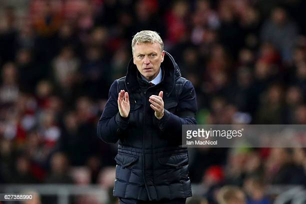 David Moyes manager of Sunderland applauds after the Premier League match between Sunderland and Leicester City at Stadium of Light on December 3...