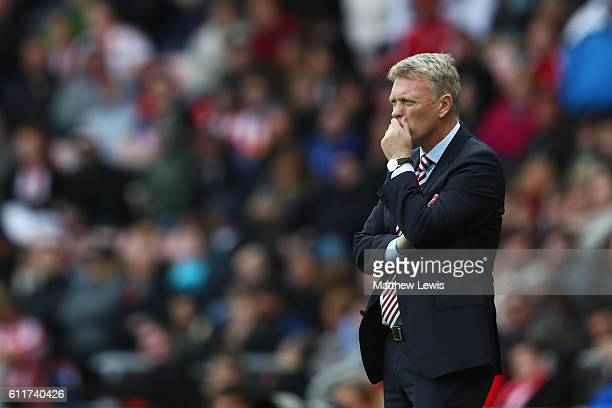 David Moyes Manager of Sunderland looks on during the Premier League match between Sunderland and West Bromwich Albion at Stadium of Light on October...