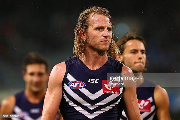 David Mundy of the Dockers leads his players from the field at the half time break during the round nine AFL match between the Fremantle Dockers and...