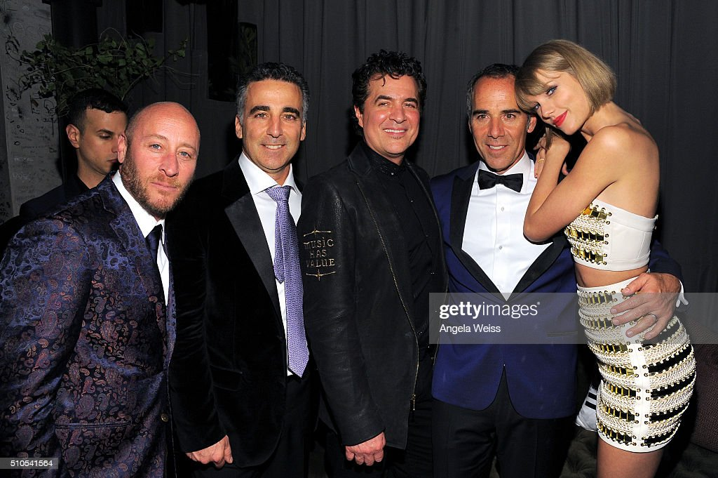 David Nathan, President/COO Republic Records Avery Lipman; Scott Borchetta, CEO of Republic Records Monte Lipman, and recording artist Taylor Swift attend the Republic Records Grammy Celebration presented by Chromecast Audio at Hyde Sunset Kitchen & Cocktail on February 15, 2016 in Los Angeles, California.