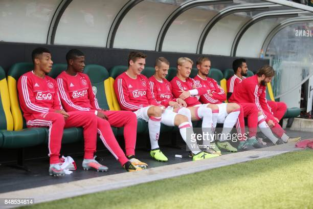 David Neres of Ajax Luis Orejuela of Ajax Max Wober of Ajax Vaclav Cerny of Ajax Kasper Dolberg of Ajax Siem de Jong of Ajax goalkeeper Benjamin van...