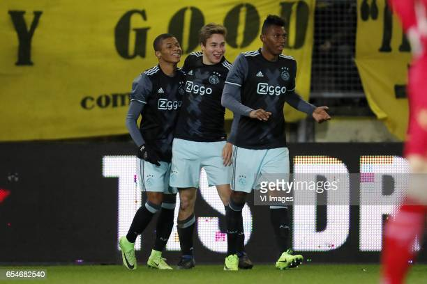 David Neres of Jong Ajax Carel Eiting of Jong Ajax Mateo Cassierra of Jong Ajaxduring the Jupiler League match between NAC Breda and Jong Ajax...