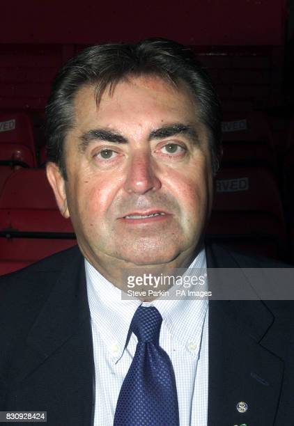 David NichollsManager of Rotherham utd2002/2003 SEASON THIS PICTURE CAN ONLY BE USED WITHIN THE CONTEXT OF AN EDITORIAL FEATURE NO UNOFFICIAL CLUB...