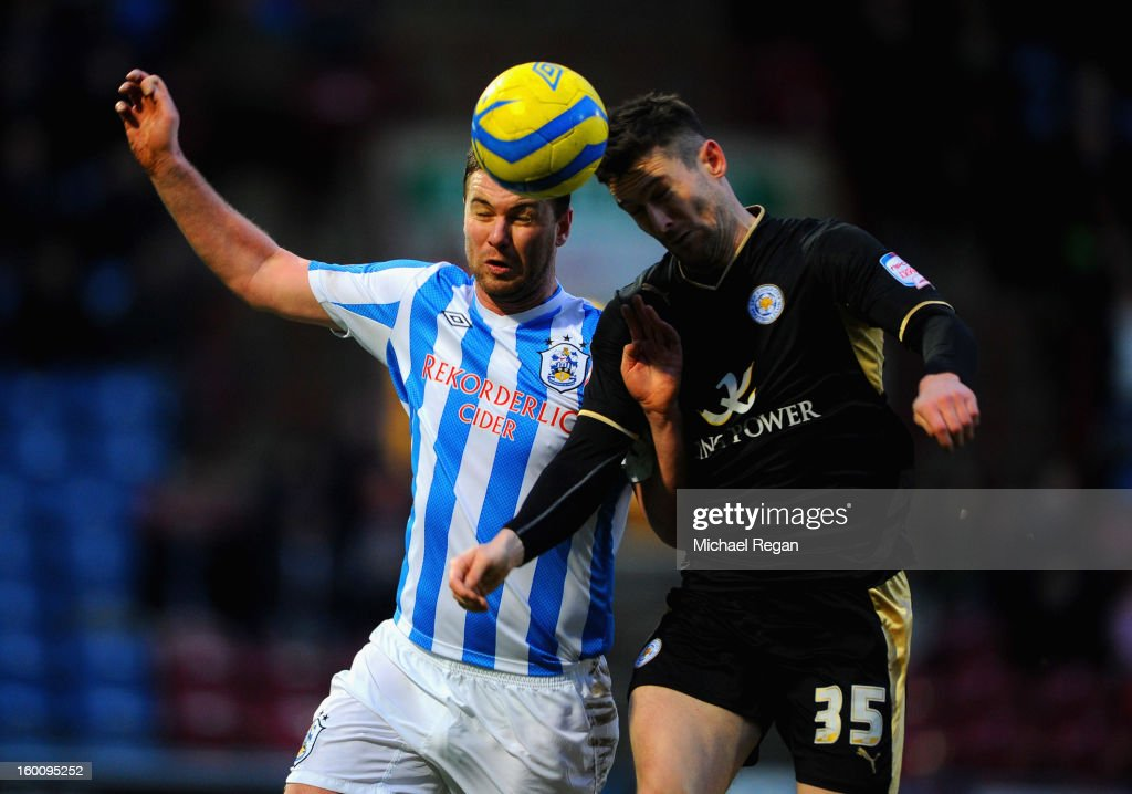 <a gi-track='captionPersonalityLinkClicked' href=/galleries/search?phrase=David+Nugent+-+Futebolista&family=editorial&specificpeople=644849 ng-click='$event.stopPropagation()'>David Nugent</a> of Leicester in action with Anthony Gerrard of Huddersfield during the FA Cup Fourth Round match between Huddersfield Town and Leicester City at the Galpharm Stadium on January 26, 2013 in Huddersfield, England.