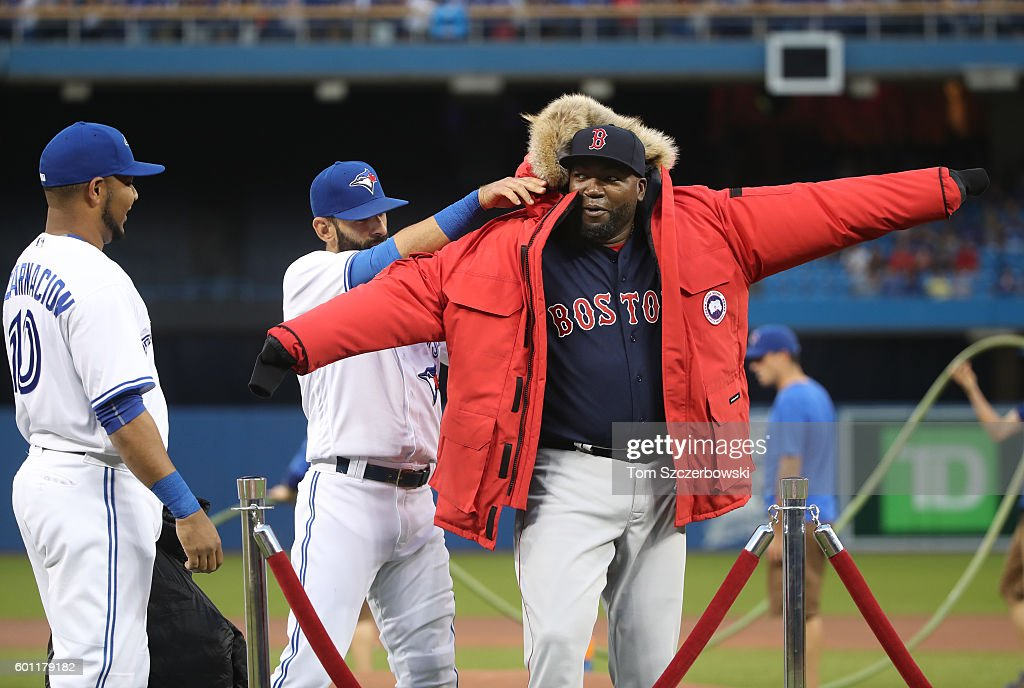 Canada Goose montebello parka outlet shop - Photos et images de Boston Red Sox v Toronto Blue Jays | Getty Images