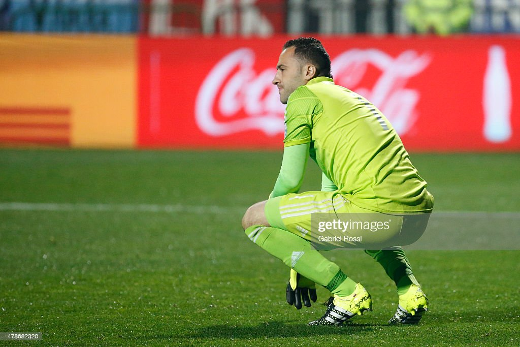 <a gi-track='captionPersonalityLinkClicked' href=/galleries/search?phrase=David+Ospina&family=editorial&specificpeople=4104267 ng-click='$event.stopPropagation()'>David Ospina</a> of Colombia looks dejected after the 2015 Copa America Chile quarter final match between Argentina and Colombia at Sausalito Stadium on June 26, 2015 in Viña del Mar, Chile.