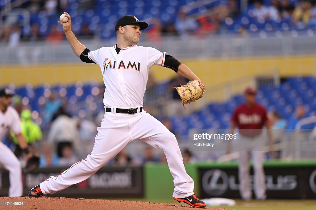 David Phelps #41 of the Miami Marlins pitches during the first inning of the game against the Arizona Diamondbacks at Marlins Park on May 20, 2015 in Miami, Florida.