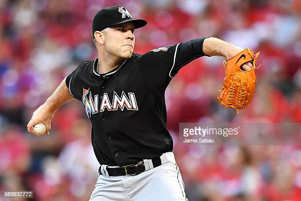 David Phelps of the Miami Marlins pitches in the second inning against the Cincinnati Reds at Great American Ball Park on August 15 2016 in...